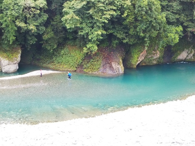 徳島県の穴吹川